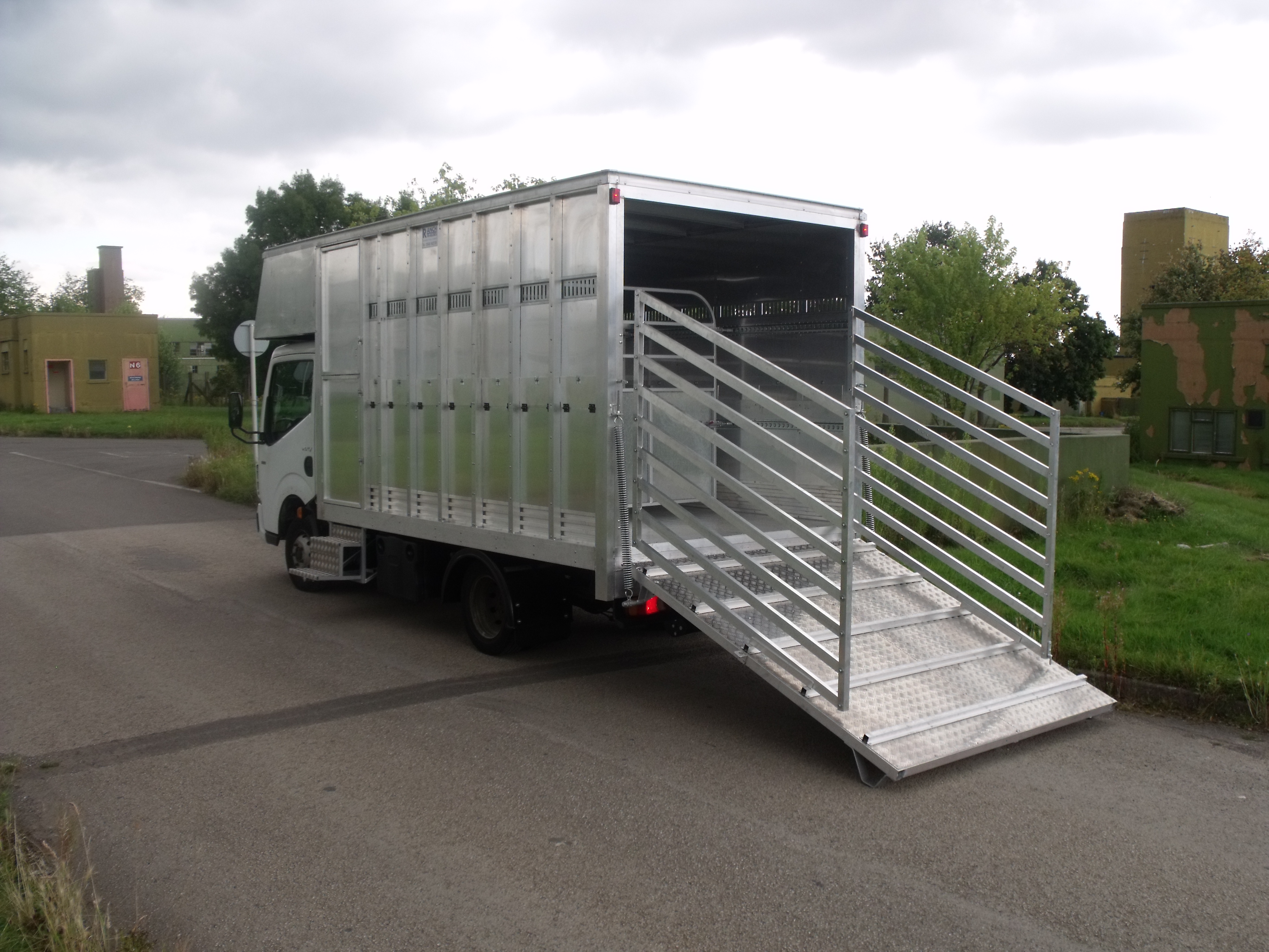 Ranch Trucks Amp Trailers Ltd Manufacturers Of Commercial